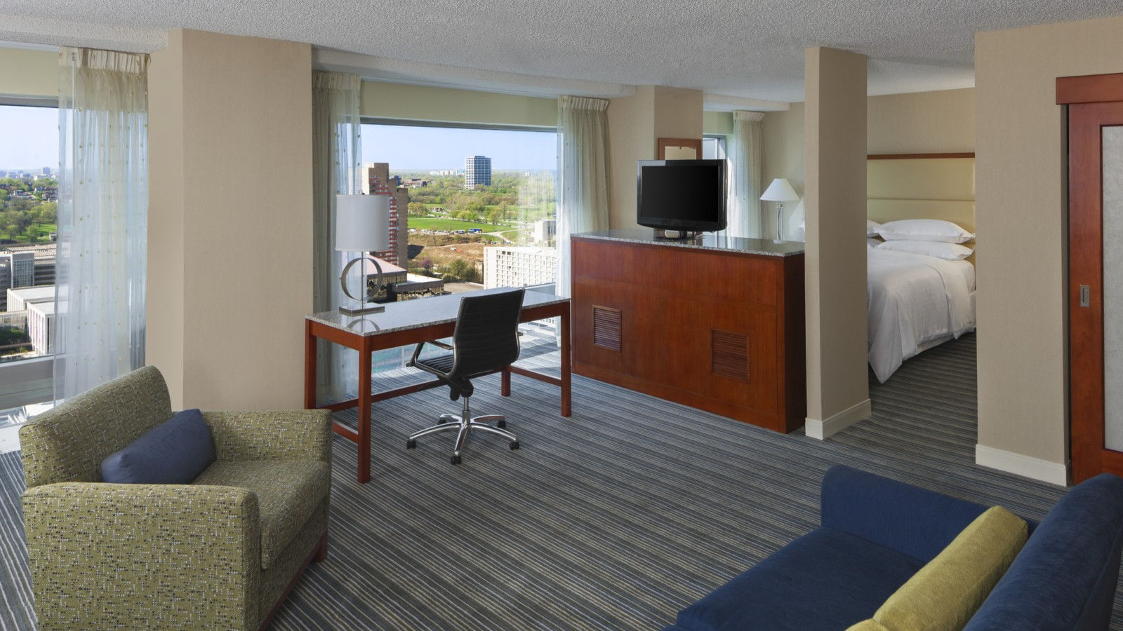 Studio Suite | Sheraton Kansas City Hotel at Crown Center